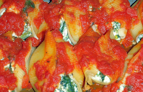 Throwback Thursday: Turkey & Spinach Stuffed Shells