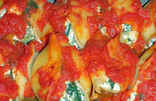 Throwback Thursday: Turkey & Spinach Stuffed Shells