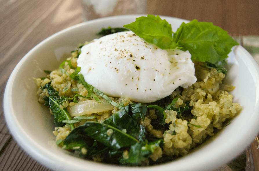 Kale-Pesto-Qunoa-Egg-Poached