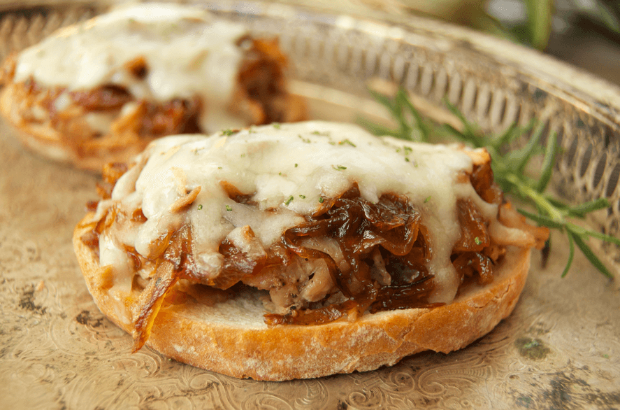 caramelized-onion-pork-sandwich