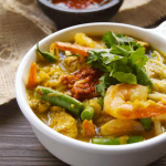 Malaysian Curry Laska with Chicken & Shrimp