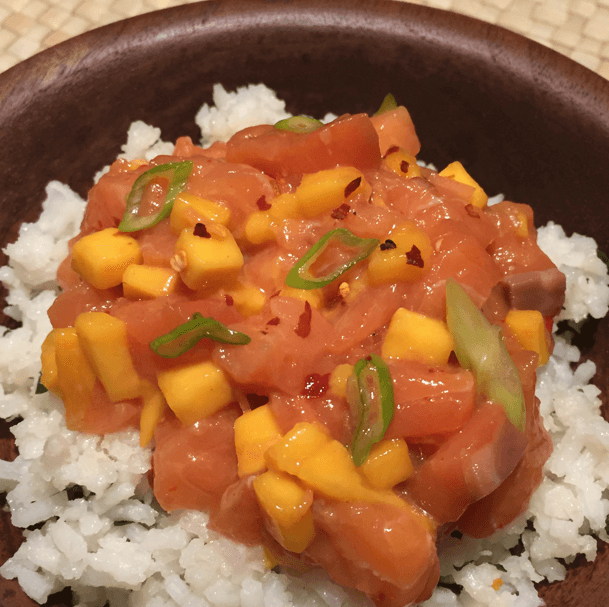 mango-sweet-chili-salmon-poke-recipe