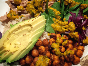 spicy-chickpea-rice-buddha-bowl-vegan